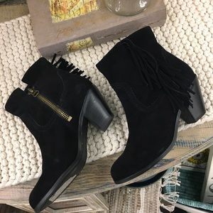Sam Edelman Shoes - Sam Edelman ankle boots with fringe   6.5